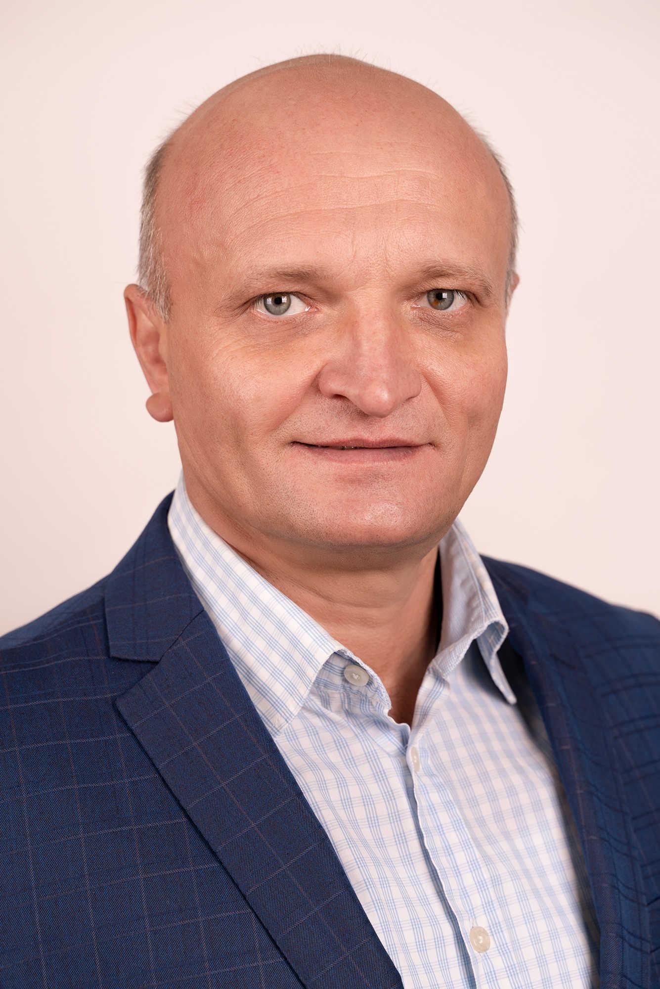 АлтуховАльбертАнатольевич-главныйинженер_optimized